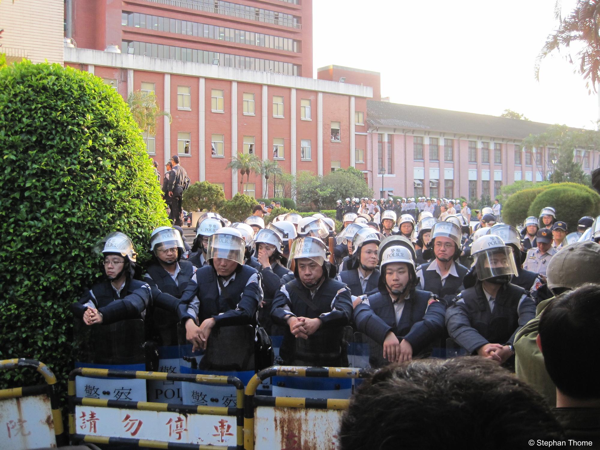 Kurz vor der Räumung des Gebäudes